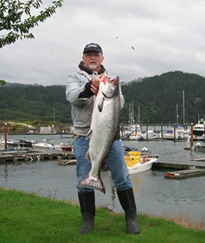Guided Tillamook Bay Fishing Fall Chinook Salmon