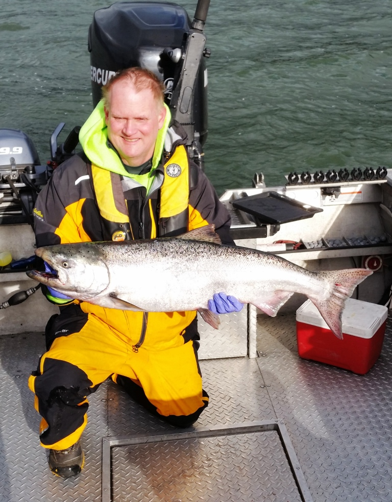 Columbia River Spring Chinook Salmon Fishing Guides